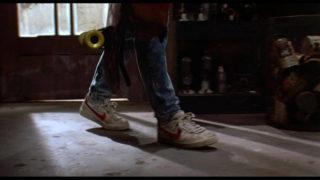 L'entrée en scène du héros Marty McFly, le cool à l'américaine